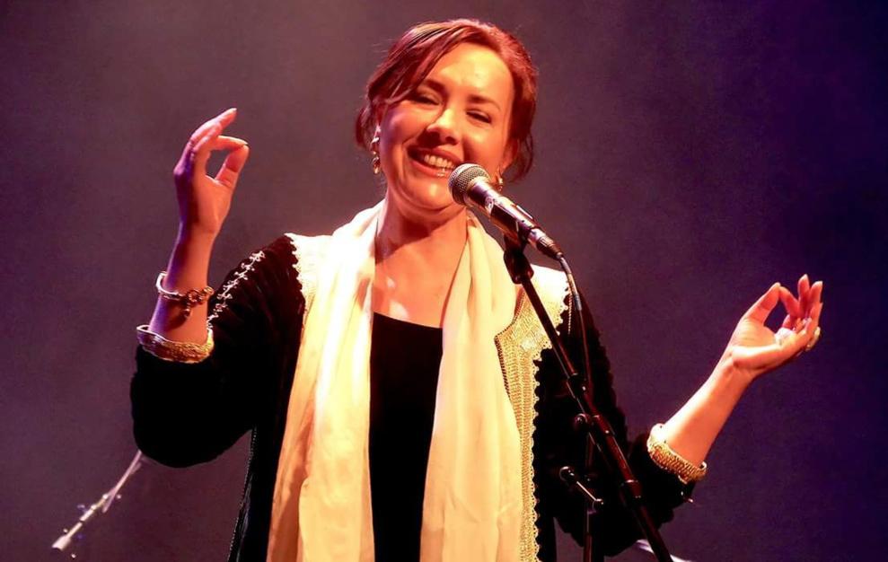 """مهرجان """"موسم سيتيز"""" : حضور متميز لكريمة الصقلي في أول حفل لها ببروكسل"""